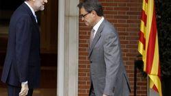 Rajoy y Mas negocian en secreto para evitar el choque de
