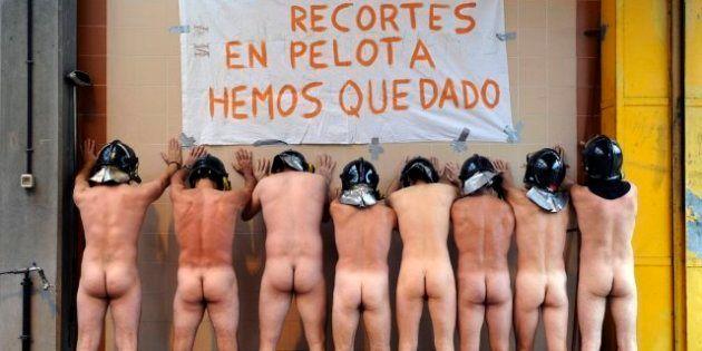 Bomberos de Mieres, desnudos en protesta por los recortes