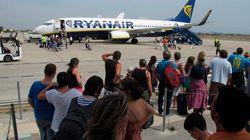 Ryanair cancela 15 rutas en España por el alza de las tasas