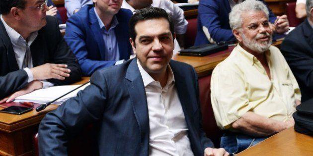 Alexis Tsipras sugiere que dimitirá si no tiene el apoyo de