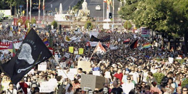 Una marcha de parados protesta en Madrid contra la reforma laboral y exige soluciones al