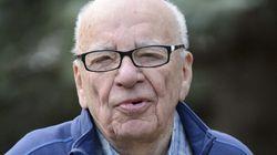 Murdoch deja la dirección de sus diarios