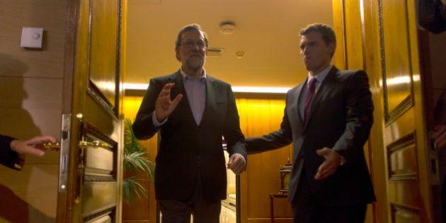 Un pacto a cuentagotas: PP y Ciudadanos buscan sellar el acuerdo de investidura acuerdo a