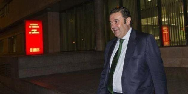 El PSOE denuncia que Gerardo Camps gastó en cuatro años 553.000 euros en comidas de