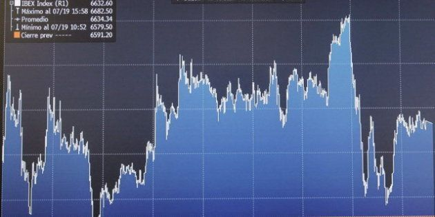 La prima de riesgo se descontrola y la Bolsa se hunde ante una nueva semana