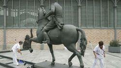 La estatua de Franco sin cabeza que la ha liado en