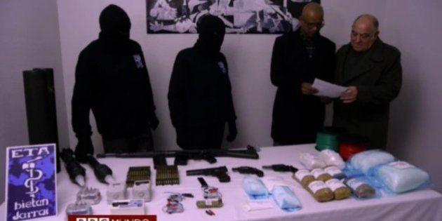 ETA anuncia el sellado de un lote de armas y admite el daño de las operaciones