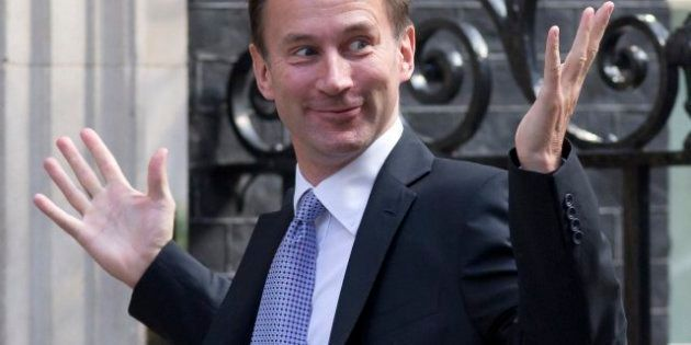 Cambios en el Gobierno de David Cameron: asciende a Sanidad a Jeremy Hunt, relacionado con las escuchas...