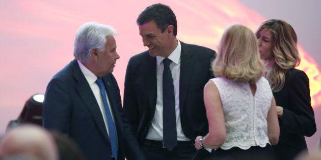Felipe González duda de que haya 'sorpasso' de Podemos e IU tras las