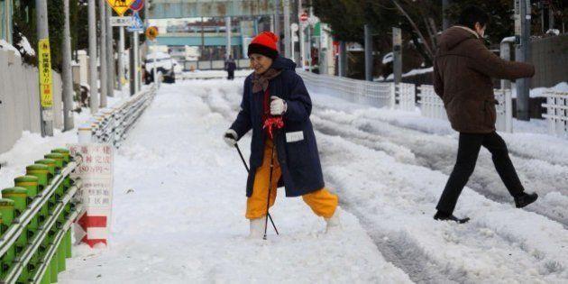 Once muertos y más de 600 heridos por las nevadas más intensas en más de 10 años en el este de