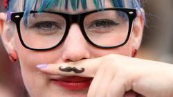 Olimpiadas hipster: lanzamiento de gafas de pasta, estiramiento de pitillos...
