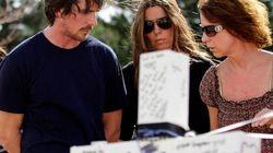 Christian Bale visita a las víctimas del tiroteo de Denver
