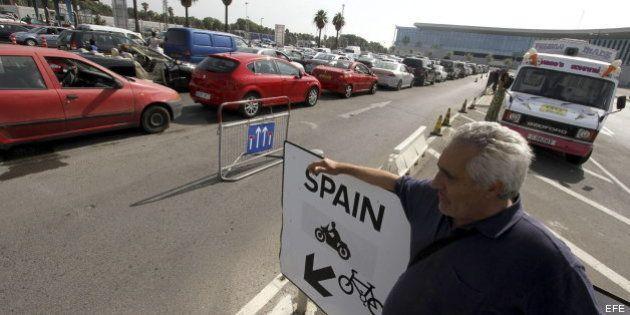 Tensión en Gibraltar: conflicto por los pescadores y colas de varias horas para salir del