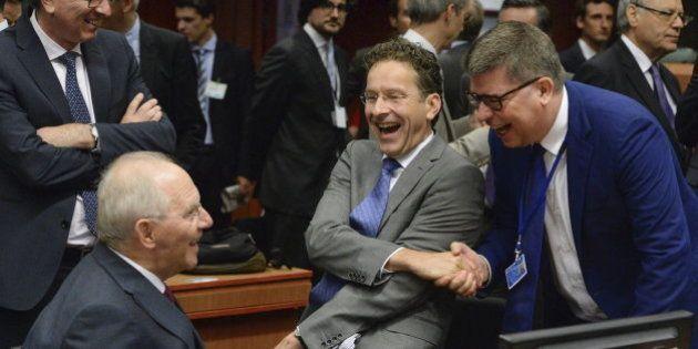 Principio de acuerdo en el Eurogrupo para desembolsar 7.000 millones de ayuda urgente a