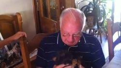 Nudo en la garganta: la emoción de un abuelo viudo al recibir un perrito