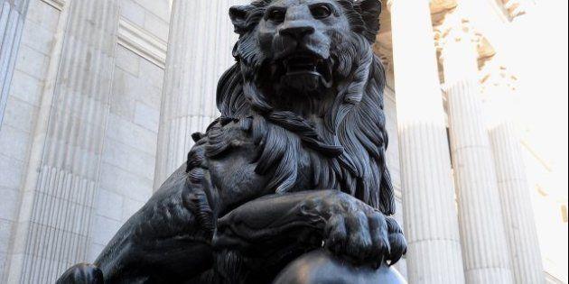 El canal de televisión Historia pide dotar de testículos a un león del