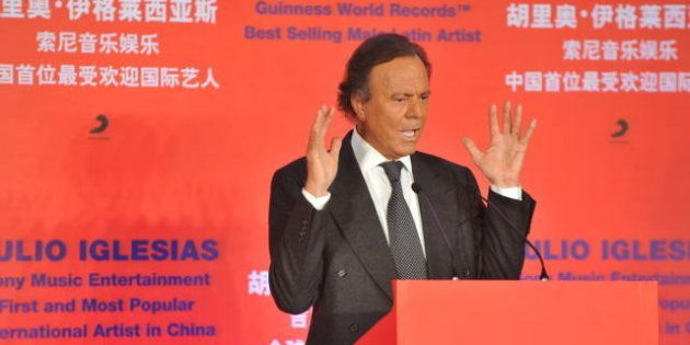 BEIJING, CHINA - APRIL 01: (CHINA OUT) Spanish singer Julio Iglesias attends a press conference to promote...