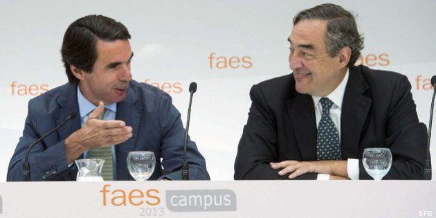 Aznar pide menos impuestos y una reforma fiscal contraria a la política de