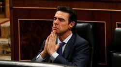 Soria renuncia a sus funciones como ministro de