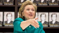 Hillary se distancia (al fin) de