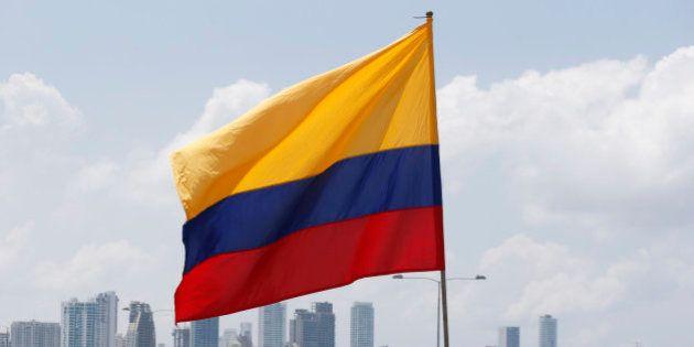 La UE suspende a las FARC de su lista de organizaciones