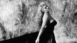 Muere Anita Ekberg, la musa de Fellini que se bañó en la Fontana di Trevi en 'La dolce
