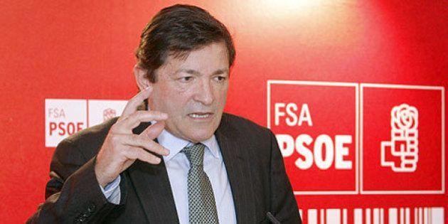 Javier Fernández (PSOE) reelegido presidente de Asturias con el apoyo de