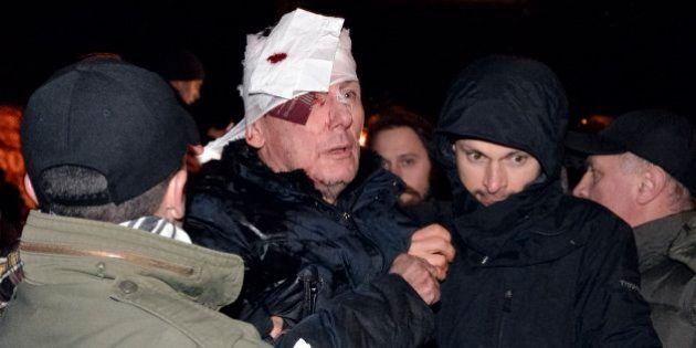 El exministro ucraniano Lutsenko, en la UCI tras una agresión policial durante la protesta de
