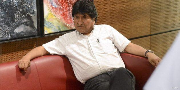 El avión de Evo Morales es detenido en Viena bajo la sospecha de que Snowden viajaba en