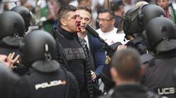 Peleas entre la Policía y los ultras del Legia en los alrededores del