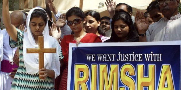 Libertad bajo fianza para Rimsha Masih, la niña paquistaní encarcelada por