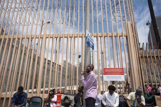 Los falsos africanos que esperan en la frontera mexicana para entrar a