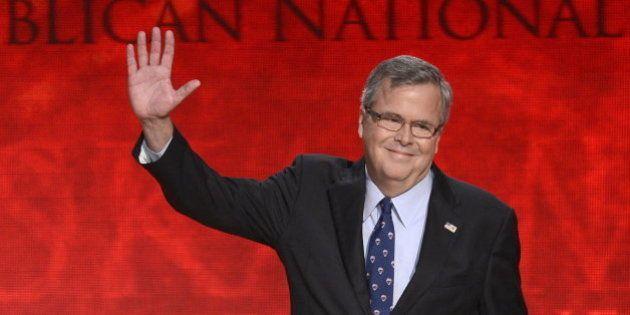 Jeb Bush, hermano e hijo de presidentes de EEUU, comienza su carrera hacia la Casa