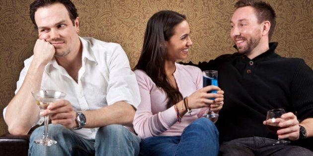 Solteros o en pareja: ¿Qué es mejor para la salud, el dinero y el