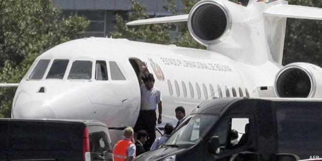 Evo Morales ya vuela hacia Bolivia tras repostar su avión en Gran Canaria