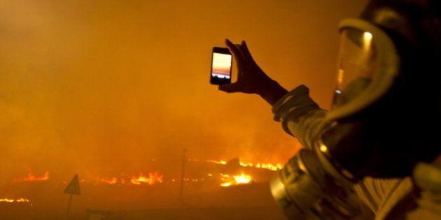 Las imágenes del incendio que arrasa el Monte Pindo, el 'olimpo celta' de Galicia