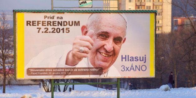 Eslovaquia vota para vetar el matrimonio