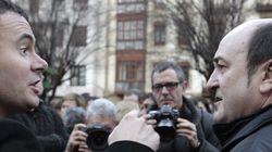 PSOE y PP se enfrentan al PNV por la marcha de