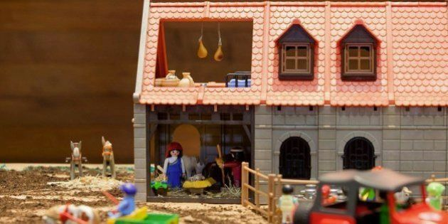 El Museo Etnográfico de Castilla y León convierte la granja de Playmobil en un portal de