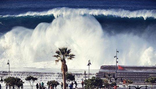 Las impresionantes olas que dejó el temporal en Tenerife