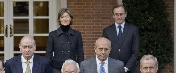 Nueva 'foto de familia' del Gobierno con el 'novato' Alfonso