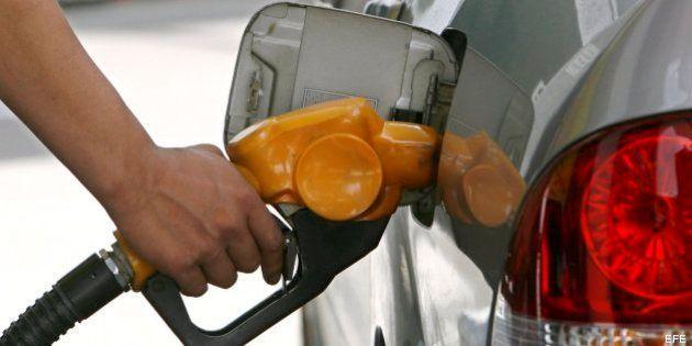 El precio de la gasolina y el gasóleo sube justo antes del puente de