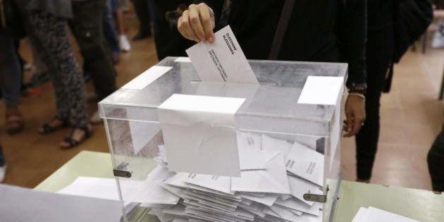 'El País' da una ventaja de cinco puntos a Unidos Podemos frente al