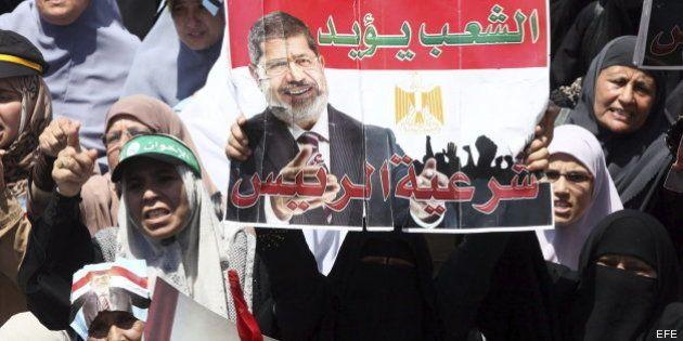 La Justicia egipcia detiene al líder espiritual de los Hermanos