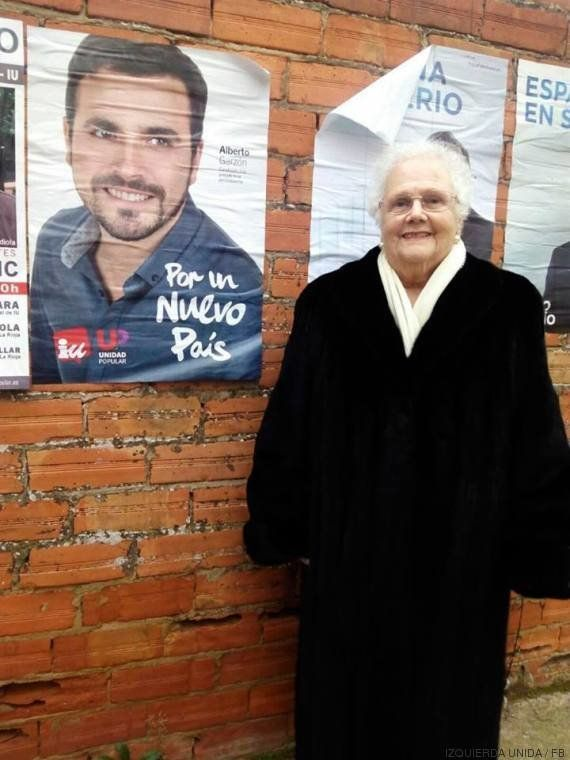 Garzón agradece el apoyo de las abuelas en la red presentando a la