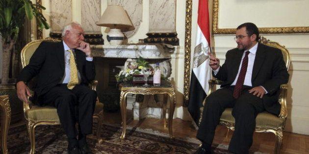 Margallo se reúne con Mohamed Mursi para impulsar las relaciones económicas con
