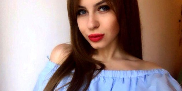 Una joven rusa saca a subasta su virginidad por 150.000 euros para ser