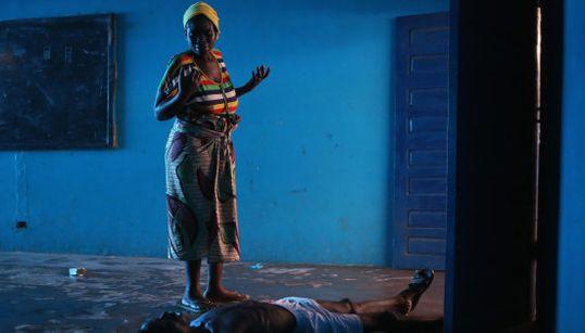 Así se vive en una zona de aislamiento por ébola en África