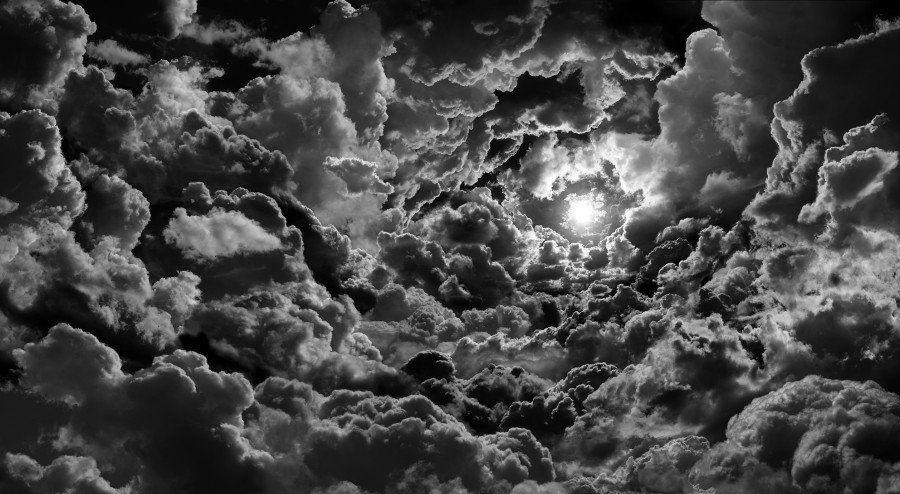 Seb Janiak: 8 imágenes impresionantes de cielos nublados