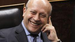 El PSOE y el PP se vuelven a enzarzar por las becas